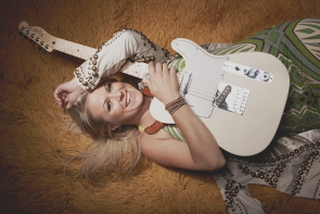 Carolyn Dawn Johnson opens for Johnny Reid, April 21. Photo submitted