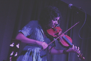 Carrie Rodriguez plays fine fiddle. Photo by Richard Amery