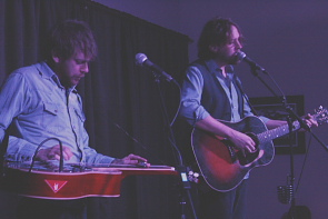Travis Linville and Hayes Carll. Photo by Richard Amery