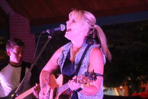 Alyssa McQuaid and coyote Junction playing Concert for a Cause. Photo by Richard Amery