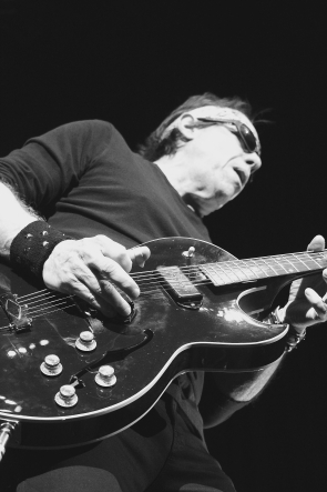 George Thorogood at the Enmax Centre, May 5. photo by Richard Amery