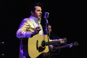 Matt Cage plays Elvis in New West Theatre's Million Dollar quartet. photo by Richard Amery