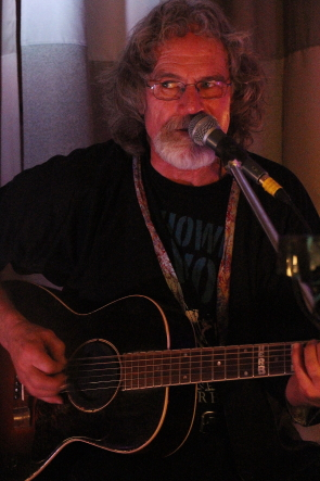 Papa King playing New Year's Eve at the Owl Acoustic Lounge. Photo by Richard Amery