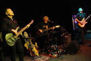 Doiug Freeman, Papa King  and Steve Keenan at the Slice, Nov. 23. Photo By Richard Amery