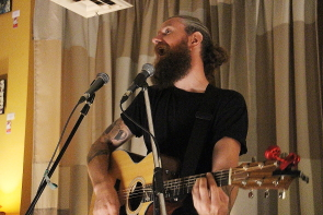 Pat Maloney playing the Owl Acoustric Lounge, Aug.19. Photo by Richard Amery