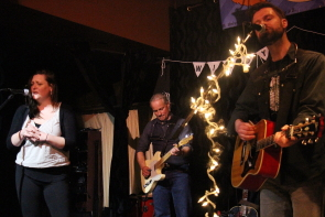 Mariel Buckley joining the T Buckley Trio on stage for a song. Photo by Richard Amery