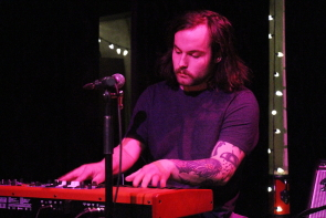 Yvette keyboardist Craig Davidson at the Slice, Saturday, April 6. Photo by Richard Amery